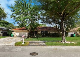 Foreclosed Home in Miami 33176 SW 114TH CT - Property ID: 4487104190