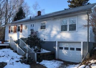Foreclosed Home in Gardiner 04345 BRUNSWICK AVE - Property ID: 4487129604