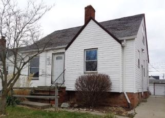 Foreclosed Home in Cleveland 44129 WESTLAKE AVE - Property ID: 4487217182