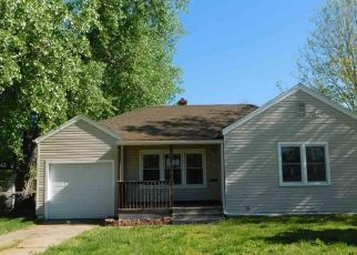 Foreclosed Home in Hutchinson 67501 E 6TH AVE - Property ID: 4487282454