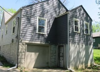 Foreclosed Home in Kansas City 66104 N 38TH ST - Property ID: 4487283321