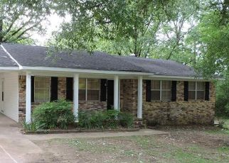 Foreclosed Home in Bessemer 35020 CORY ST - Property ID: 4487299533