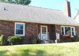 Foreclosed Home in Keokuk 52632 LEIGHTON ST - Property ID: 4487302603