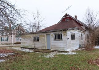 Foreclosed Home in Albany 47320 N PLUM ST - Property ID: 4487325368