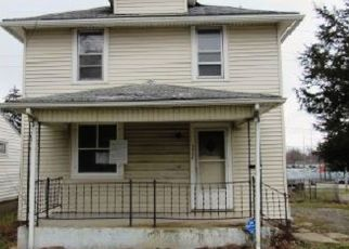 Foreclosed Home in Fort Wayne 46808 N WELLS ST - Property ID: 4487327117