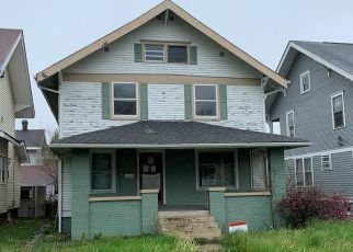 Foreclosed Home in Frankfort 46041 E CLINTON ST - Property ID: 4487336766