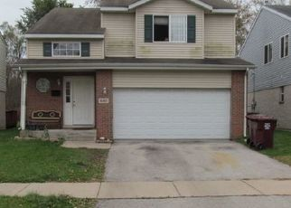 Foreclosed Home in Chicago Heights 60411 HICKORY ST - Property ID: 4487357791