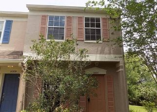 Foreclosed Home in Tampa 33615 BAYSIDE KEY DR - Property ID: 4487445373