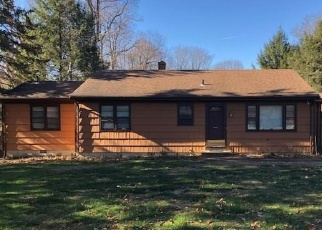Foreclosed Home in Monroe 06468 HIRAM HILL RD - Property ID: 4487459394