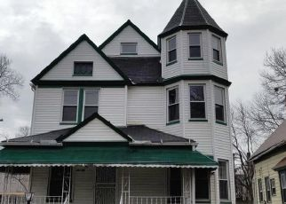 Foreclosed Home in Cleveland 44108 HAMPDEN AVE - Property ID: 4487493111