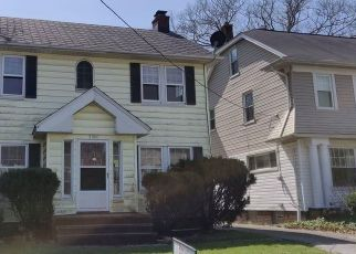 Foreclosed Home in Cleveland 44121 GLENWOOD RD - Property ID: 4487494430