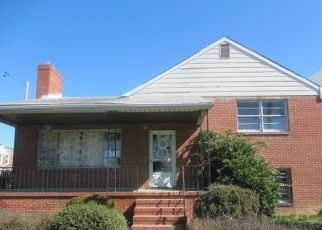 Foreclosed Home in Baltimore 21229 W CATON AVE - Property ID: 4487676178