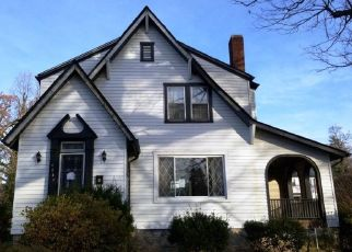 Foreclosed Home in Baltimore 21215 ARAGON AVE - Property ID: 4487687582