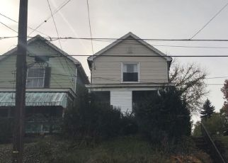 Foreclosed Home in Clairton 15025 PARK AVE - Property ID: 4487719552