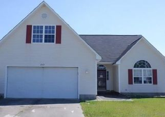 Foreclosed Home in Fayetteville 28312 ROYAL SPRINGS ST - Property ID: 4487775615