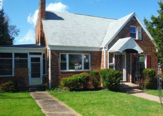 Foreclosed Home in Harrisburg 17103 PARKWAY BLVD - Property ID: 4487838235