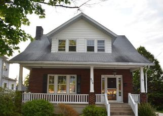 Foreclosed Home in Hagerstown 21742 PENNSYLVANIA AVE - Property ID: 4487858385