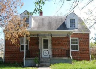 Foreclosed Home in Front Royal 22630 W 10TH ST - Property ID: 4487907888
