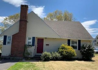 Foreclosed Home in New Britain 06053 HAWTHORNE ST - Property ID: 4487910951