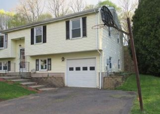Foreclosed Home in Middletown 06457 JULIA TER - Property ID: 4487953425