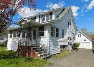 Foreclosed Home in Kingston 12401 CATSKILL AVE - Property ID: 4487966117