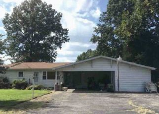 Foreclosed Home in Terre Haute 47802 WILLKIE RD - Property ID: 4487990662