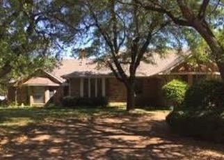 Foreclosed Home in Duncanville 75137 WIND RIDGE DR - Property ID: 4488017821
