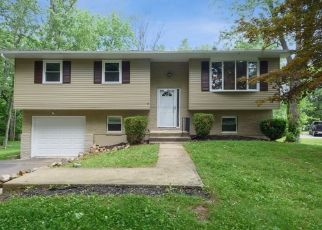 Foreclosed Home in Washington 07882 POHATCONG DR - Property ID: 4488049341