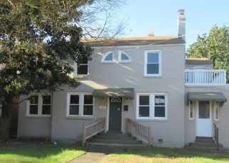 Foreclosed Home in Norfolk 23505 FILBERT ST - Property ID: 4488052409