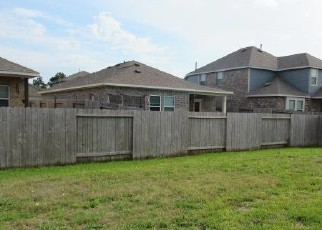 Foreclosed Home in Porter 77365 FLOWERING CRAPE MYRTLE DR - Property ID: 4488066872