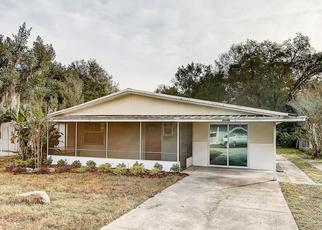 Foreclosed Home in Zephyrhills 33542 HILL DR - Property ID: 4488112410