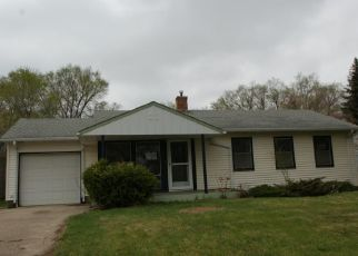 Foreclosed Home in Bismarck 58501 S HIGHLAND ACRES RD - Property ID: 4488158400