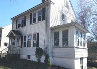 Foreclosed Home in Meriden 06451 BUCKINGHAM ST - Property ID: 4488175931