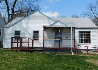 Foreclosed Home in Omaha 68112 MARTIN AVE - Property ID: 4488179870