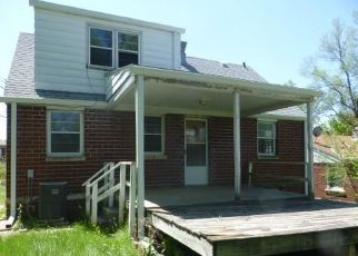 Foreclosed Home in Omaha 68111 HIMEBAUGH AVE - Property ID: 4488180294