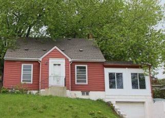 Foreclosed Home in South Saint Paul 55075 9TH AVE S - Property ID: 4488214458