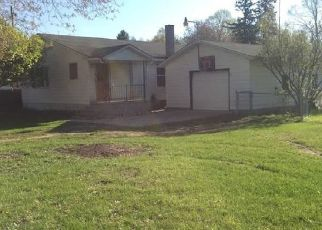 Foreclosed Home in Sumner 48889 MILL ST - Property ID: 4488232863