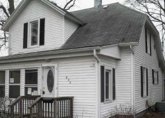 Foreclosed Home in Dowagiac 49047 E DIVISION ST - Property ID: 4488247304