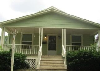 Foreclosed Home in Topeka 66606 NW QUINTON AVE - Property ID: 4488568787