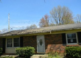 Foreclosed Home in Wabash 46992 CAMBRIDGE DR - Property ID: 4488593747