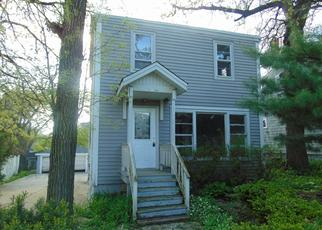 Foreclosed Home in Oak Forest 60452 KENTON AVE - Property ID: 4488608639