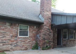 Foreclosed Home in Tulsa 74129 S 98TH EAST AVE - Property ID: 4488807925