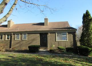 Foreclosed Home in Stratford 06614 SEQUOIA LN - Property ID: 4488821942