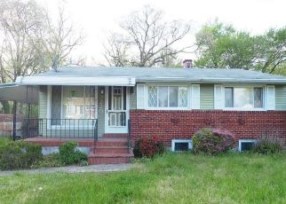 Foreclosed Home in Windsor Mill 21244 RICHWOOD AVE - Property ID: 4488823236