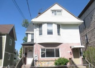Foreclosed Home in Bridgeport 06608 KOSSUTH ST - Property ID: 4488844712