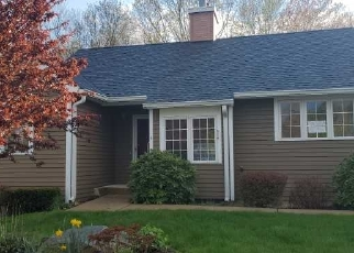 Foreclosed Home in Mansfield Center 06250 LEBANON SQ - Property ID: 4488853464
