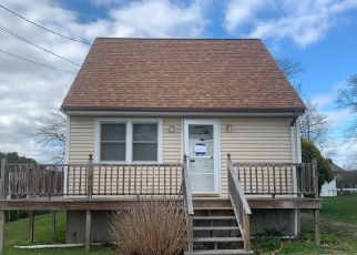 Foreclosed Home in Somerset 02725 RIVER RD - Property ID: 4488868799