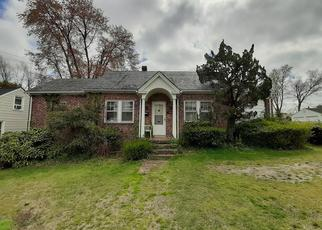 Foreclosed Home in Richmond 23228 KENWOOD AVE - Property ID: 4488949828