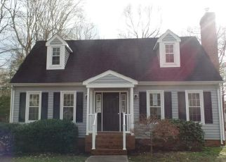 Foreclosed Home in Sandston 23150 REESE DR - Property ID: 4488953316