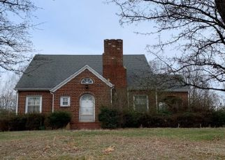 Foreclosed Home in Bassett 24055 STONES DAIRY RD - Property ID: 4488955963